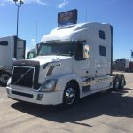 2013 VOLVO VNL64T780 CONVENTIONAL TRUCK WITH SLEEPER (37018-1)