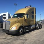 2011 KENWORTH T700 CONVENTIONAL TRUCK WITH SLEEPER (36220-1)