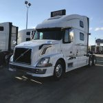 2014 VOLVO VNL64T780 CONVENTIONAL TRUCK WITH SLEEPER (37019-1)