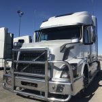 2015 VOLVO VNL64T780 CONVENTIONAL TRUCK WITH SLEEPER (37131-1)