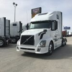 2013 VOLVO VNL64T670 CONVENTIONAL TRUCK WITH SLEEPER (38031-1)