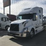 2014 VOLVO VNL64T780 CONVENTIONAL TRUCK WITH SLEEPER (38023-1)