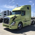 2014 VOLVO VNL64T670 CONVENTIONAL TRUCK WITH SLEEPER (38014-1)