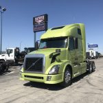 2014 VOLVO VNL64T670 CONVENTIONAL TRUCK WITH SLEEPER (38019-1)