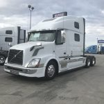 2015 VOLVO VNL64T780 XE Package CONVENTIONAL TRUCK WITH SLEEPER (38021-1)