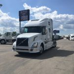 2014 VOLVO VNL64T780 CONVENTIONAL TRUCK WITH SLEEPER (38027-1)