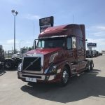 2017 VOLVO VNL64T730 CONVENTIONAL TRUCK WITH SLEEPER (37103)