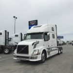 2013 VOLVO VNL64T780 CONVENTIONAL TRUCK WITH SLEEPER (38028-1)