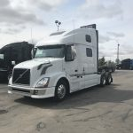2013 VOLVO VNL64T780 CONVENTIONAL TRUCK WITH SLEEPER (38095-1)
