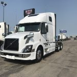 2018 Volvo VNL64T670 CONVENTIONAL TRUCK WITH SLEEPER (38058)