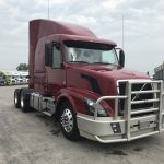 2015 Volvo VNL64T630 CONVENTIONAL TRUCK WITH SLEEPER (3718C)