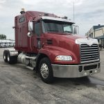 2013 MACK CXU 613 CONVETIONAL TRUCK WITH SLEEPER (3713)