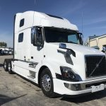 2018 VOLVO VNL64T780 CONVENTIONAL TRUCK WITH SLEEPER (38090)