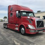 2014 VOLVO VNL64T780 CONVENTIONAL TRUCK WITH SLEEPER (3729C)