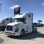 2018 VOLVO VNL64T670 Conventional Truck with Sleeper (38135)