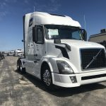 2014 VOLVO VNL64T670 CONVENITONAL TRUCK WITH SLEEPER (38172-1)