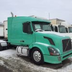 2006 VOLVO VNL64T630 CONVENTIONAL TRUCK WITH SLEEPER (38018-2)