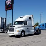 2003 VOLVO VNL64T660 CONVENTIONAL TRUCK WITH SLEEPER (38067-1)
