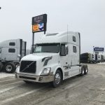 2014 VOLVO VNL64T780 CONVENITONAL TRUCK WITH SLEEPER (3802)