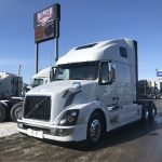 2018 VOLVO VNL64T670 CONVENTIONAL TRUCK WITH SLEEPER (38076)