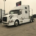 2014 VOLVO VNL64T780 CONVENTIONAL TRUCK WITH SLEEPER (3801)