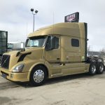2013 VOLVO VNL64T730 CONVENTIONAL TRUCK WITH SLEEPER (38087-1)