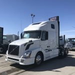 2014 VOLVO VNL64T670 CONVENTIONAL TRUCK WITH SLEEPER (38097-1)