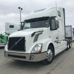 2014 VOLVO VNL64T670 CONVENTIONAL TRUCK WITH SLEEPER (38152-1)