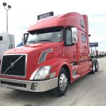 2013 VOLVO VNL64T780 CONVENTIONAL TRUCK WITH SLEEPER (3813)
