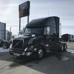 2018 VOLVO VNL64T670 CONVENTIONAL TRUCK WITH SLEEPER (38120)