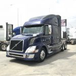 2013 VOLVO VNL64T780 CONVENTIONAL TRUCK WITH SLEEPER (3803-1)