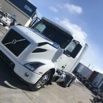 2019 VOLVO VNR64T640 CONVENTIONAL TRUCK WITH SLEEPER (39057)