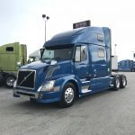 2014 VOLVO VNL64T780 CONVENTIONAL TRUCK WITH SLEEPER (3819)