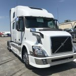2016 VOLVO VNL62T780 CONVENTIONAL TRUCK WITH SLEEPER (39082-1)