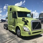 2015 VOLVO VNL64T670 CONVENTIONAL TRUCK WITH SLEEPER (39065-1)