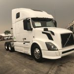 2014 VOLVO VNL64T670 CONVENTIONAL TRUCK WITH SLEEPER (14103L)