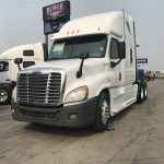 2013 FREIGHTLINER CASCADIA CONVENTIONAL TRUCK WITH SLEEPER (38015-2)
