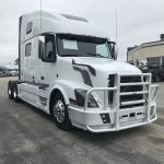 2015 VOLVO VNL64T780 CONVENTIONAL TRUCK WITH SLEEPER (39041-1)