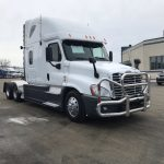 2013 FREIGHTLINER CASCADIA CONVENTIONAL TRUCK WITH SLEEPER (38141-1)