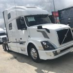 2016 VOLVO VNL64T780 CONVENTIONAL TRUCK WITH SLEEPER (16031L)