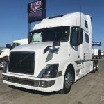 2016 VOLVO VNL64T780 CONVENTIONAL TRUCK WITH SLEEPER (16032L)