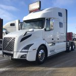 2019 VOLVO  VNL64T760 CONVENTIONAL TRUCK WITH SLEEPER (39137)