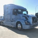 2016 VOLVO VNL64T780 CONVENTIONAL TRUCK WITH SLEEPER (16030L)