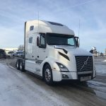 2019 VOLVO VNL64T760 CONVENTIONAL TRUCK WITH SLEEPER (39144)