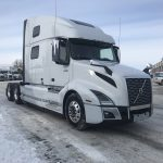 2020 VOLVO VNL64T860 CONVENTIONAL TRUCK WITH SLEEPER (40016)