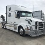 2014 VOLVO VNL64T780 CONVENTIONAL TRUCK WITH SLEEPER (39134-1)