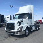 2012 VOLVO VNL64T300 DAY CAB (40165-1)