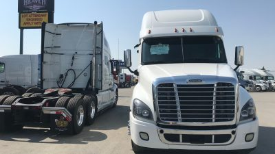 2016 FREIGHTLINER CASCADIA CONVENTIONAL TRUCK WITH SLEEPER (40001-1