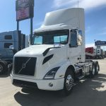 2020 VOLVO VNR63T300 CONVENTIONAL TRUCK (40100)