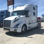 2020 VOLVO VNL64T860 CONVENTIONAL TRUCK WITH SLEEPER (40050)